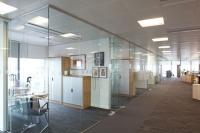 Cửa kính văn phòng G8window