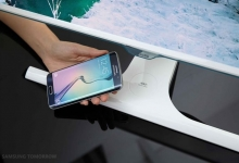 VIDEO / Samsung giới thiệu màn hình PC công nghệ mới tích hợp tính năng sạc không dây cho điện thoại