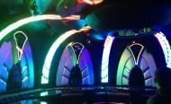 Ung-dung-man-hinh-LED-