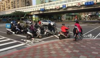 Dai-Loan-da-chuyen-minh-thanh-Vuong-Quoc-cho-xe-dap-nhu-the-nao