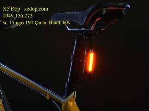Đèn hậu sạc Giant Lante Pro G250