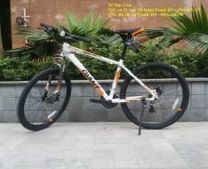 Xe đạp thể thao Giant ATX 610 2016