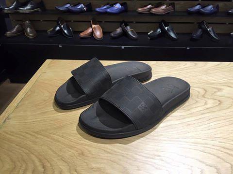 Dép nam cao su Louis Vuitton hàng hiệu