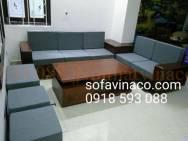 Đệm ghế sofa gỗ sồi pha màu đen