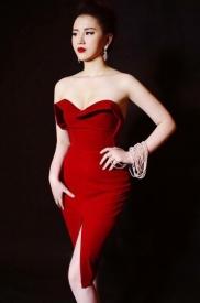 Đầm đỏ cúp ngực ôm body thiết kế xẻ tà trước sexy #524