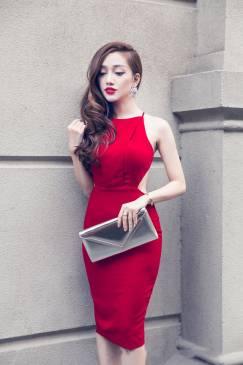 Đầm đỏ hở lưng đẹp thiết kế ôm body đơn giản sexy #595