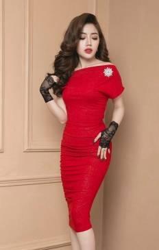 Đầm đỏ dự tiệc cưới đẹp thiết kế ôm body lệch vai tôn dáng #717