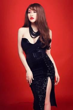 Đầm xẻ tà trước đẹp thiết kế ôm body cúp ngực cực tôn dáng #744