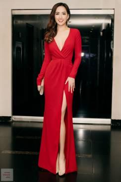 Đầm dài dạ hội đẹp thiết kế tay dài xẻ ngực như Mai Phương Thúy #751