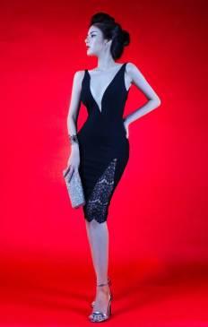 Đầm đen khoét ngực sâu thiết kế ôm body phối ren đẹp #868