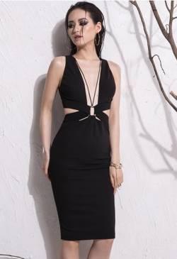 Đầm đen ôm body khoét ngực thiết kế hở lưng tôn dáng #926