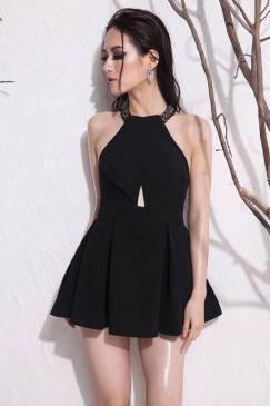 Jumpsuit đen giả váy thiết kế cổ yếm hở lưng tuyệt đẹp #933