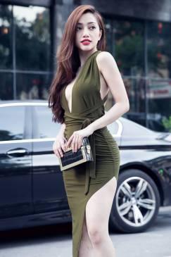 Đầm chéo lưng ôm body thiết kế xẻ tà bên hông tuyệt đẹp #941