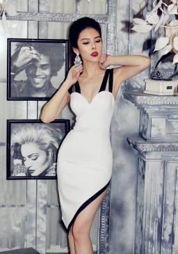 Đầm ôm body đẹp thiết kế 2 dây cúp ngực xéo tà #947