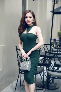 Đầm màu xanh lá cây thiết kế cúp ngực ôm body đẹp #967