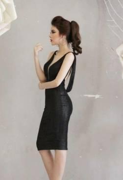 Đầm đen hở lưng đẹp thiết kế ôm body cực tôn dáng #975
