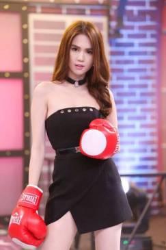 Đầm ống Ngọc Trinh thiết kế ôm body chéo tà tuyệt đẹp #976