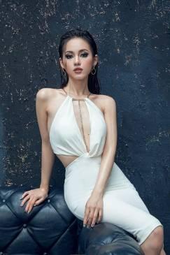 Đầm trắng ôm body cutout thiết kế trẻ trung sexy #1006