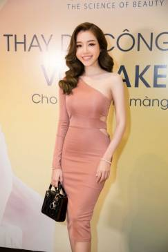 Váy ôm body đẹp thiết kế lệch vai 1 tay cực phong cách #1009
