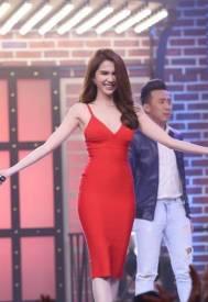 Váy ôm body Ngọc Trinh thiết kế 2 dây đơn giản tôn dáng #1035