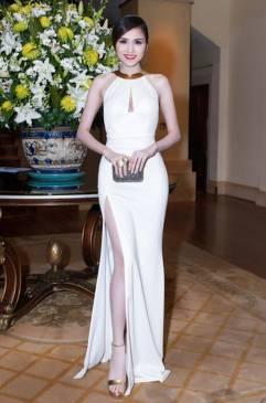 Đầm dạ hội màu trắng thiết kế cổ kiềng xẻ tà tuyệt đẹp #1047
