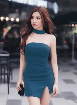 Đầm ngắn ôm body thiết kế cúp ngang xẻ đùi đơn giản #1092