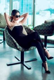 Đồ bay đẹp Ngọc Trinh thiết kế quần dài ôm body #1101