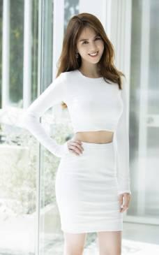 Set váy áo croptop Ngọc Trinh thiết kế ôm body tôn dáng #1107