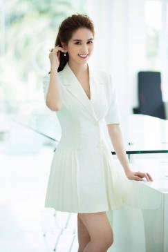 Đầm vest trắng Ngọc Trinh thiết kế sang trọng, quý phái #1131