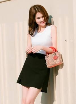 Áo đầm dạo phố đẹp thiết kế đơn giản như Ngọc Trinh #1150