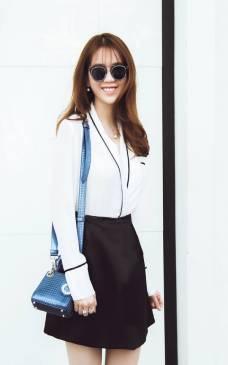 Bộ váy áo sơ mi trắng Ngọc Trinh thiết kế thanh lịch #1164