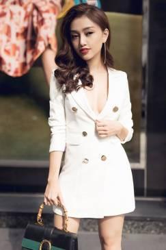 Đầm vest nữ trắng thiết kế ngực sâu tay lỡ sexy #1227