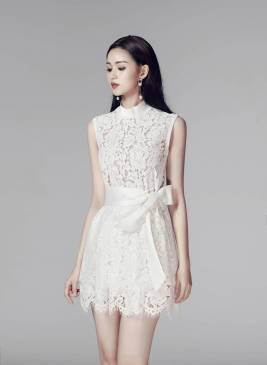 Đầm ren trắng chữ A thiết kế thanh lịch kín đáo #1239