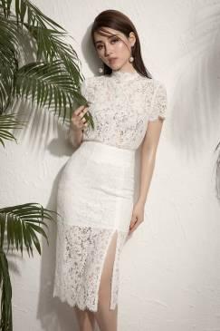 Bộ đầm ren trắng xẻ tà thiết kế ôm body tuyệt đẹp #1243