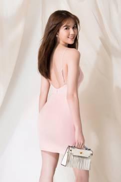 Đầm hồng nhạt hở lưng thiết kế 2 dây sexy Ngọc Trinh #1255