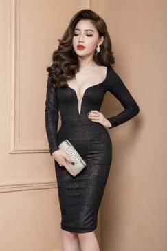 Đầm đen cổ tim sâu thiết kế ôm body dài tay quý phái #1232