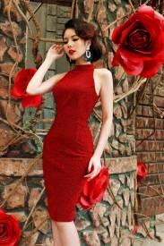 Đầm đỏ cổ yếm thiết kế ôm body dài ngang gối tuyệt đẹp #1223