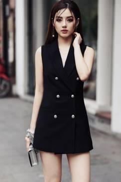 Đầm vest đen cổ lật với phong cách trẻ trung, cá tinh #1274