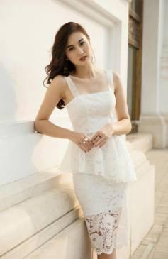 Đầm ren trắng peplum thiết kế 2 dây ôm body tuyệt đẹp #1282