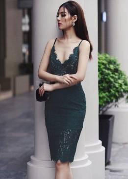 Đầm ren xanh lá ôm body thiết kế khoét ngực sâu sexy #1283
