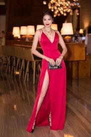 Đầm dạ hội xẻ đùi thiết kế hở ngực đẹp như Phạm Hương #1300