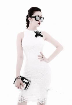 Đầm ren trắng đẹp thiết kế ôm body đơn giản #1353