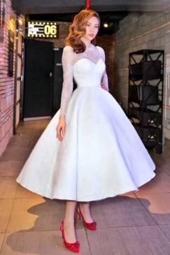 Đầm xòe trắng đẹp thiết kế pha ren tay dài Hồ Ngọc Hà #1381