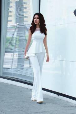 Bộ áo trắng peplum và Quần ống rộng trẻ trung #1492