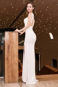 Đầm dạ hội trắng đẹp thiết kế hở lưng xẻ tà sexy #1511