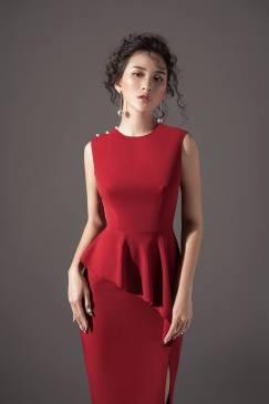 Đầm đỏ peplum đẹp thiết kế xẻ tà đinh vai ngọc trai #1523