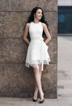 Đầm trắng dự tiệc cưới thiết kế pha ren tuyệt đẹp #1515
