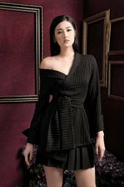 Bộ Đầm giả vest họa tiết sọc với phong cách trẻ trung #1639