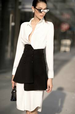 Bộ đầm sơ mi trắng tay dài và chân váy đen lưng cao #1742