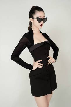 Đầm đen ôm body đẹp thiết kế tay lưới cá tính #1938